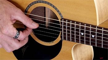 fingerstyle guitar playing
